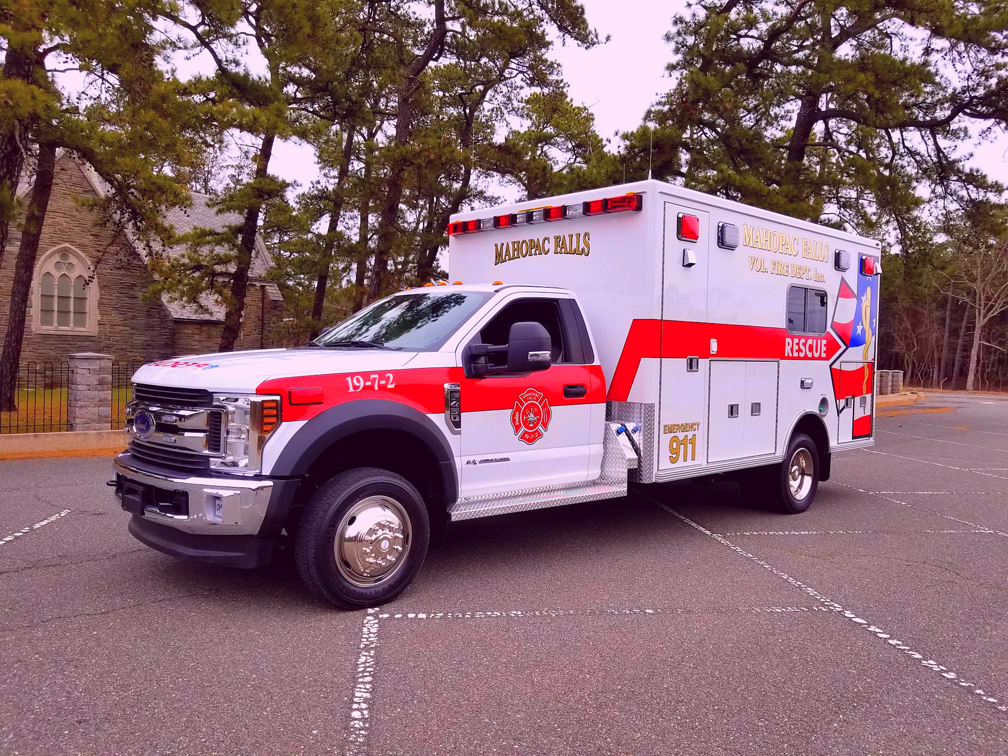 First Priority Emergency Vehicles Ambulance Remount Used Ambulance