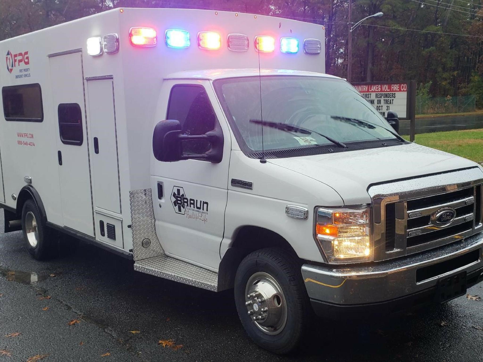 Buy Used Ambulance/Ambulance Remount For Sale