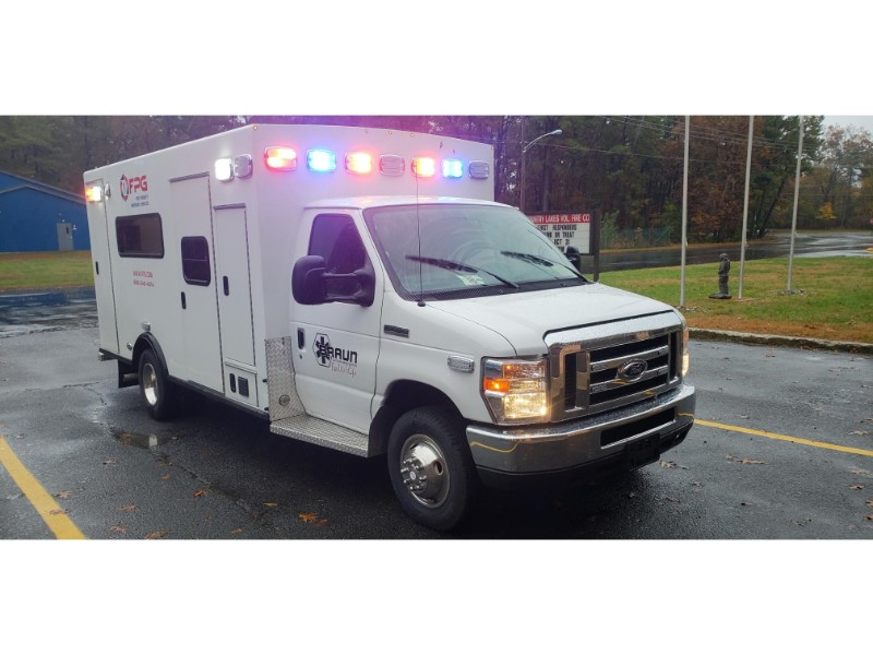 Ambulance For Sale >> First Priority Emergency Vehicles Braun Chief Ambulance